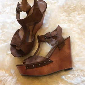 1970s Style Wood and Suede Wedges